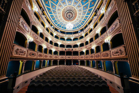 Teatru Manoel Valetta revived interior